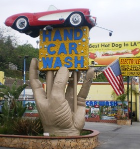 Studio_City_Hand_Car_Wash,_Ventura_Blvd.,_Studio_City,_CA